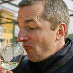 Fotograf Peter Roskothen bei Weinverkostung in Venedig