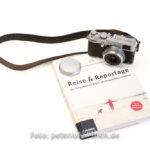 Eine wunderschöne Kombi: Buch und Kamera