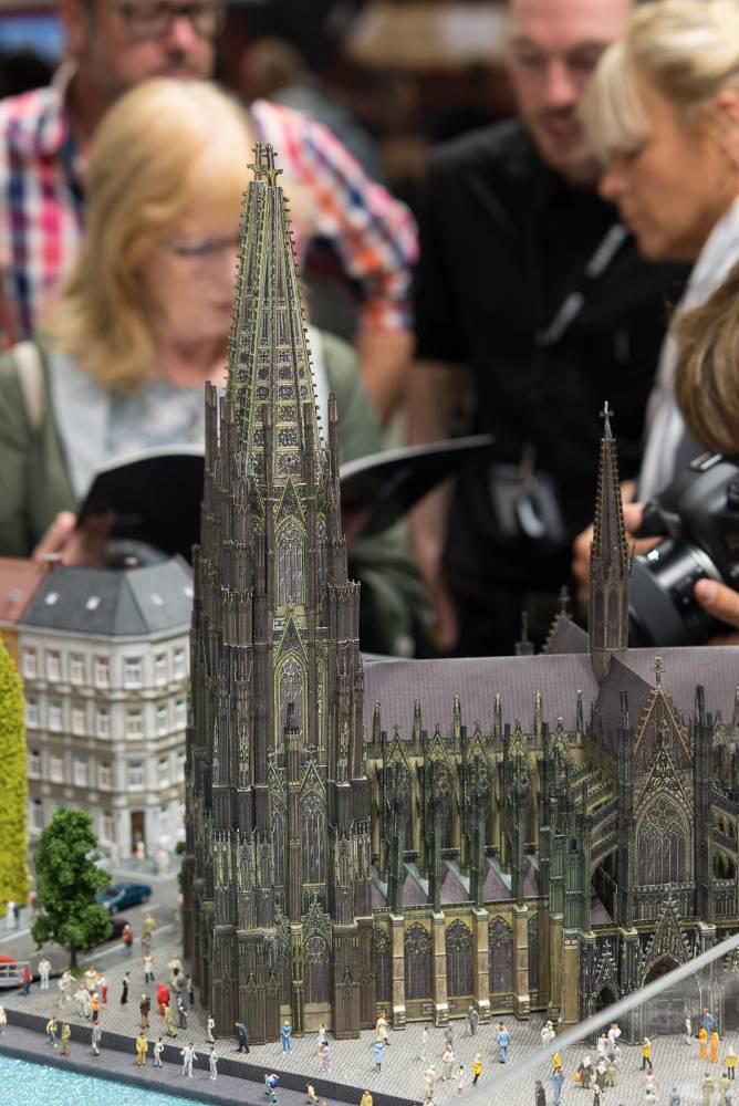 Miniatur des Kölner Doms auf der Photokina 2016
