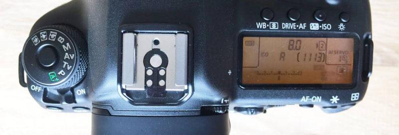 5D Mark IV von oben - Schulterdisplay