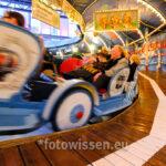 Raupe in der Jahrhunderthalle Bochum