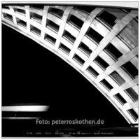 Strassenfotografie Düsseldorf - Bearbeitet mit Affinity Photo