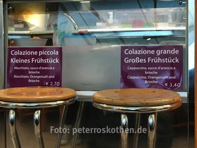 Frühstück in einer italienischen Bar - Italiener fotografieren nicht - uncool