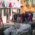 Fotografische Belagerung zweier Masken auf Burano