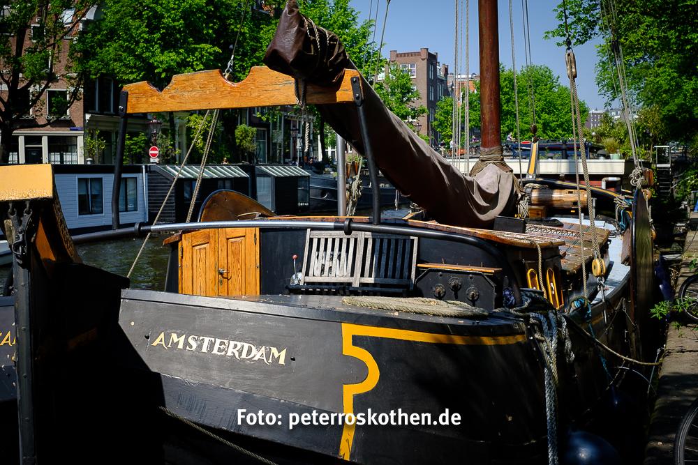 Pianeta Terra Amsterdam : Hotel waterfront in amsterdam room deals photos reviews