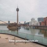 Düsseldorf Panorama mit Shiften von Links nach Rechts