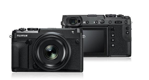 Fujifilm GFX 50R Vorderseite und Rückseite - Beste Kamera 2018