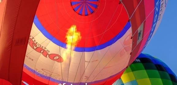 Heißluftballons, Farben, Montgolfiade in Kranenburg-Mehr